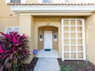 Yellow Lantana Townhome #221815