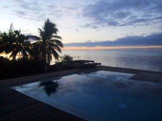 Beach Villa Bliss #10 / TAHITI VILLAS
