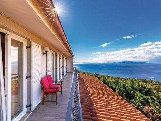 Stunning view large apartment Dea near Opatija ***