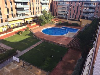 Apartment - 30 km from the beach, Terrassa