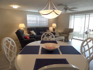 CASA BLANCA B17 2 Bdrm, 2 bath Villa on Crescent Beach