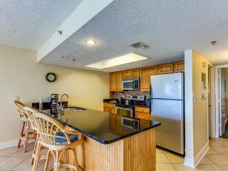 Oceanfront Holiday Villas III 605 Condominium