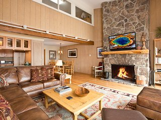 Timber Ridge Unit #3, Ski In at Teton Village, 5 bed