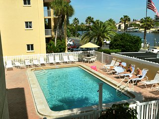 Fisherman's Cove - large heated pool