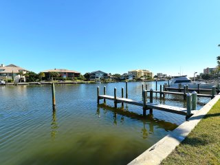 Fisherman's Cove Condo at Turtle Beach on Siesta Key - free boat docks for guest use