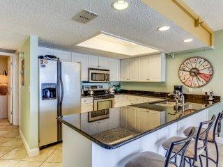 Oceanfront Holiday Villas 203 Condominium