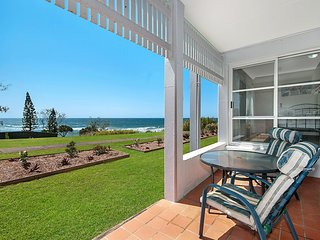 Quarterdeck 5 - Beachside Beauty!