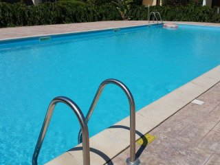 Seafront new apartment WIFI-satellite-swimming pool with all comforts
