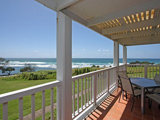 Quarterdeck 8 - Beachfront Paradise!