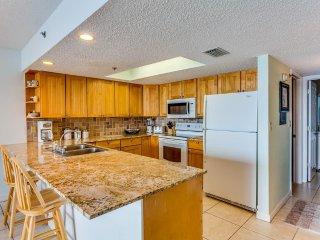 Oceanfront Holiday Villas III 305 Condominium