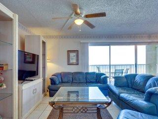 Oceanfront Holiday Villas III 306 Condominium