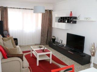 Centrico apartamento de 4 habitaciones cerca de la playa