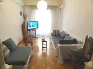 85sqm convinient 1st floor apartment in quiet area, 10' walk to city center