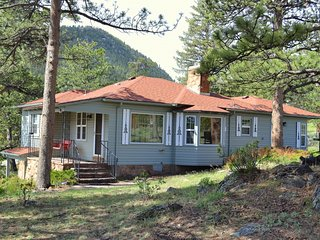 Black Bear Cottage, Estes Park