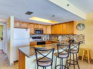 Oceanfront Holiday Villas III 401 Condominium