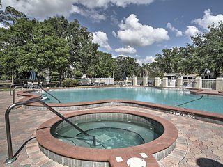 New! 1BR Kissimmee Cottage w/ Pool & Mini Golf Course