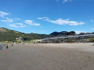 Apartamento situado a pié de la playa de Berria., Santoña