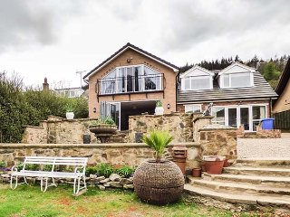 TANNOCHBRAE, full of character, fantastic lawned garden with patio, walks from