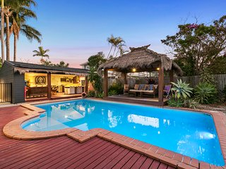 Burleigh Beach Oasis | OUTDOOR ENTERTAINING | LARGE POOL | by Getastay