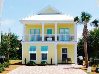 Take it EaSea ~ Enjoy Spring Break in this Spacious Custom Home with 2 Master