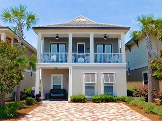 Happy Ours ~ This Impressive Beach Retreat Has All Your Spring Break