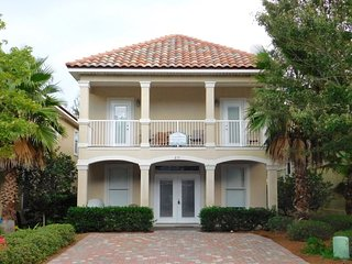 Crystal Breeze~ Exquisite Beach Home With Upgrades Galore! Book Now For Spring, Destin