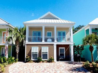 Just Another Day In Paradise ~ Fresh New Custom Home With 2 Master suites and 2, Destin