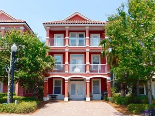 Crimson Cottage~ Perfect For Large Families- 6 Bedroom Beach Home - Book your, Destin