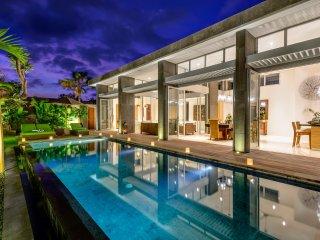 Bamboo, Luxury 4 Bedroom Villa, Central Seminyak;