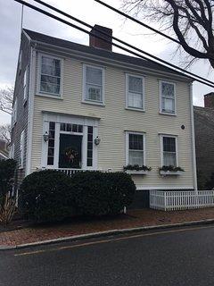 10 Milk Street 134135, Nantucket