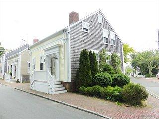 14 Darling Street 132815, Nantucket