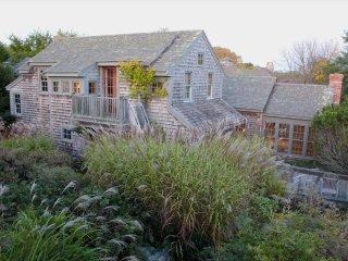 Rose Cottage 132803, Nantucket