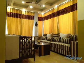 Tranquil 2BHK apartment with Terrace Garden, New Delhi