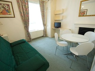 Central London 1 Bedroom Vacation Apartment