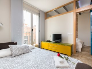 Cozy and Bright Apartment in the heart of Gracia
