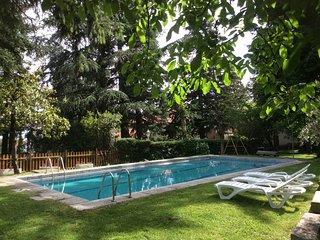 Chalet de 6 a 18 personas con jardin y piscina, Cercedilla