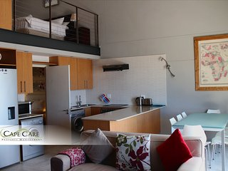 Selfcatering Sea Point 2 bedroom apartment loft