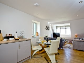 Seaspray * Ocean Breeze located in Stoke Fleming, Devon