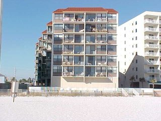 Gulf Front Condo **Steps from the sandy beach**