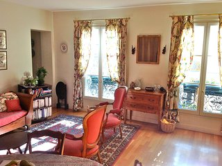 PANTHEON- SAINT JACQUES -2 BEDROOM