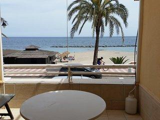 Apartamento primera linea de playa Aguadulce