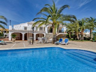 Modern Spanish villa with large patio & private pool, close to coast