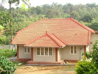 Tranquil 4-BR stay for a large group reunion, close to Madikeri Fort