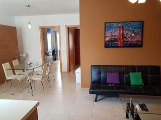 2 Bedroom Apartment, Gzira, Il Gzira