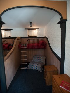 Quirky 6ft bunk beds