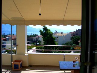 Studio 60m from the beach of Kalamata-amazing view
