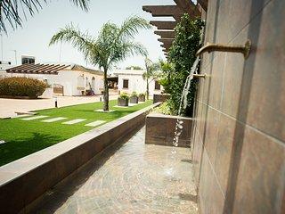 Casa rural para 4 personas con piscina comunitaria