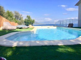 MarInCelu: la Casa Felice vue mer et piscine chauffee