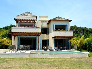 Spectacular  5 bedroom home in Barú