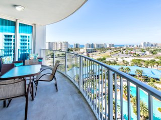 Palms 11015 Full 2BR-Shuttle2Bch*OPEN 8/13-8/15 $600* 2 Master Bedrooms-FunPass